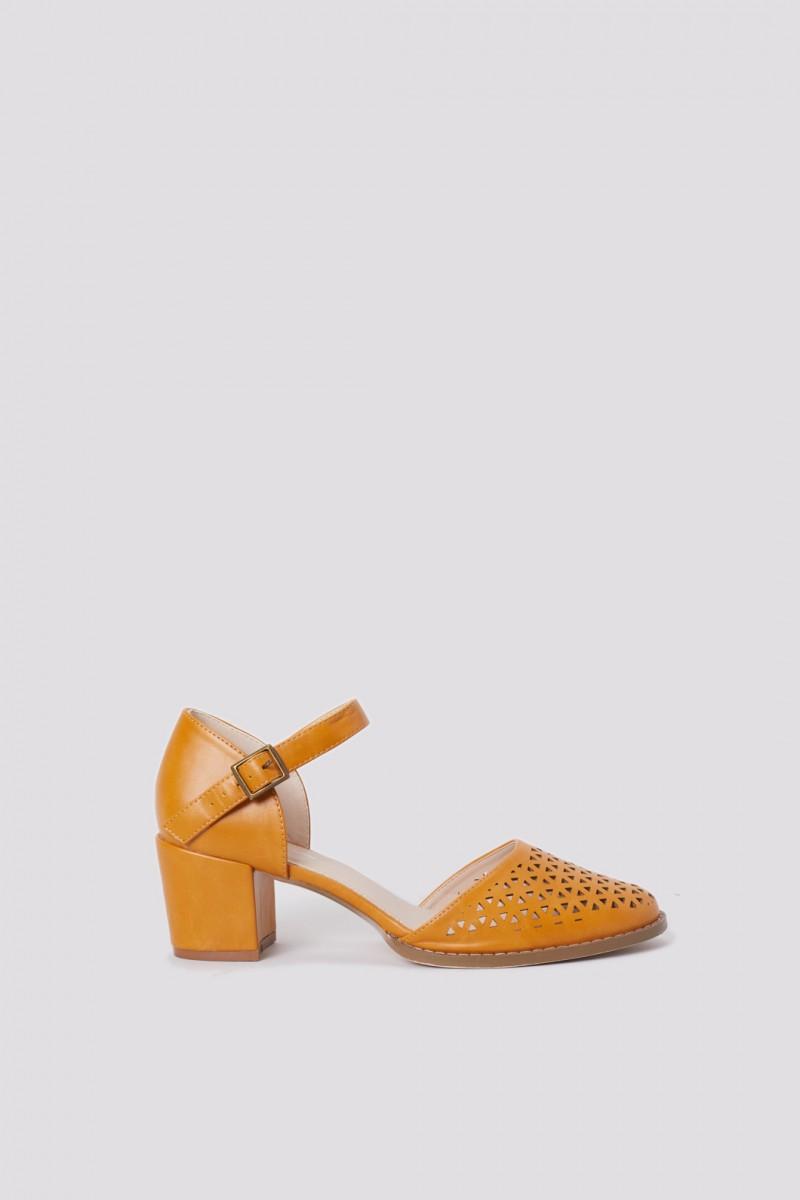 Triangle Cut Heel
